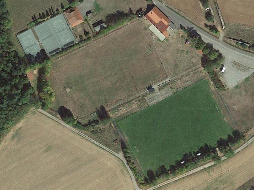 Bild Sportplatz1